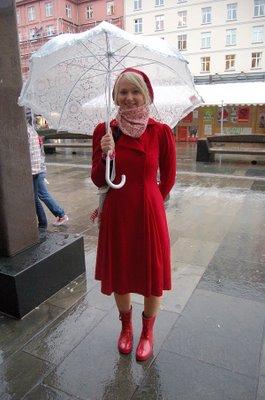 Her har gatestilbloggen BrgnStil funnet Cecilie (21) på Torgallmenningen.(foto: Karoline Finnema).