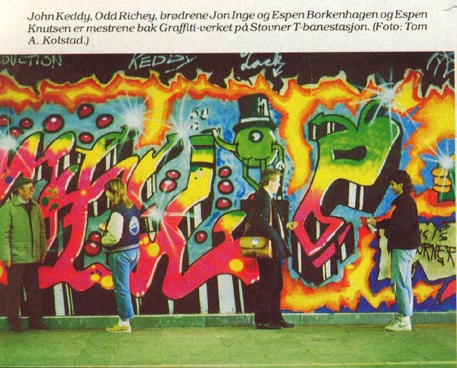 """Oslo Sporveier lar ungdom male T-banestasjonen på Stovner i """"grelle og selvlysende farver"""". Faksimile fra Aftenposten 14. oktober 1985."""