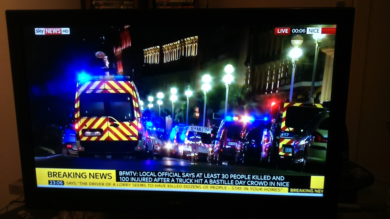 Terror på tv: Dekning av angrepet i Nice 14. juli 2016 på Sky News.