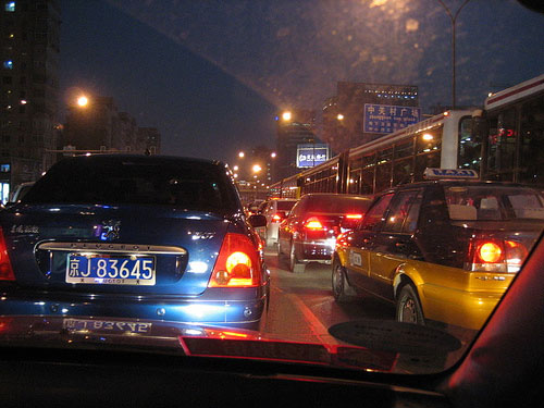 Trafikk i Beijing (foto: Dan Sloane)
