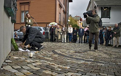 Ettårsmarkeringen av Politkovskajas død (Foto: Daniel Strietzel)