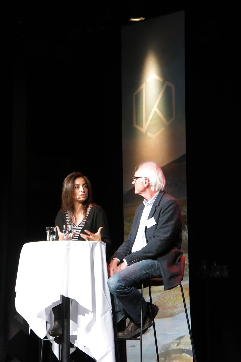 Ole Reitov i samtale med Deeyah (foto: Cecilie Breivik Hansen).