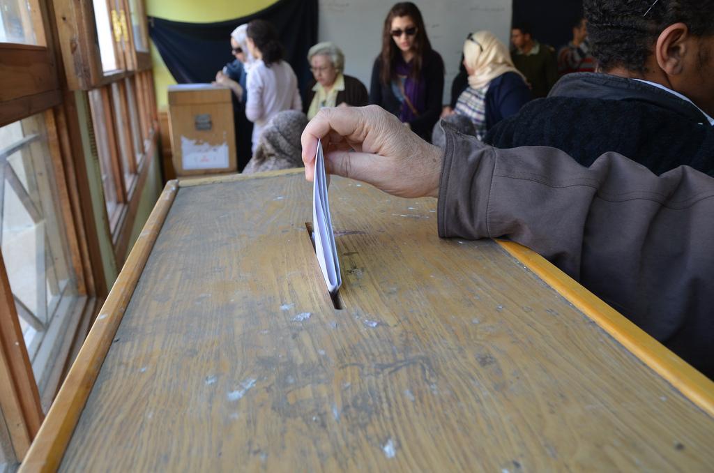 19. mars 2011, kort etter at omveltningene startet, gikk egypterne til urnene i folkeavstemning om grunnloven. Nå holdes ny folkeavstemning.