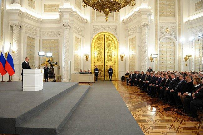 Tale i Kreml: Putin på talerstolen 18. mars 2014 (foto: kremlin.ru)