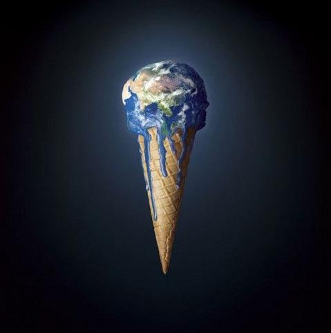 """Ein visuell metafor er ein metafor der metaforens to element, måldomenet og kjeldedomenet, blir kommunisert ved hjelp av bilete – heilt eller delvis, som her: måldomenet """"jordkloten""""  blir forstått gjennom kjeldedomenet """"iskrem"""", meir spesifikt blir jorda sin sårbarheit for global oppvarming forstått gjennom noko meir konkret og velkjend: iskremen sin sårbarheit for å smelte. (Kjelde: plasticenglish.wordpress.com/)"""