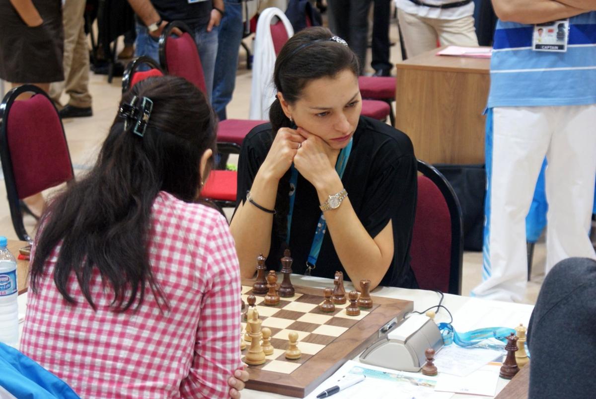 Alexandra Kosteniuk – beseiret Carlsen.